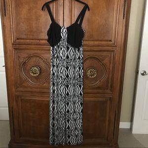 Perception 2X Maxi Dress Black & White Print